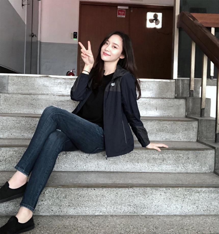 박지현 / 박지현 인스타그램