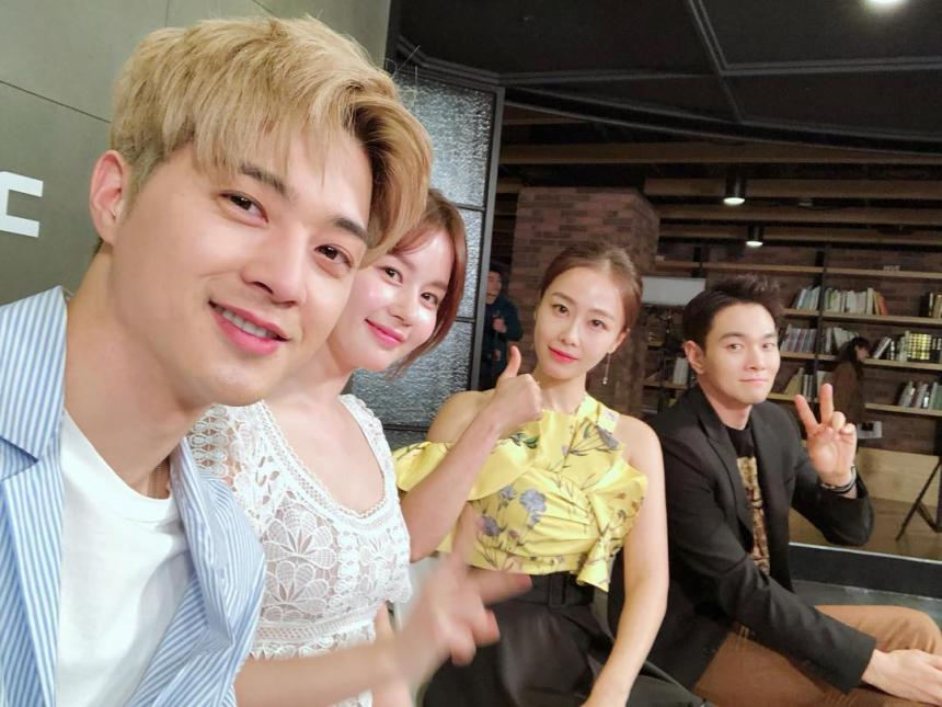 김지훈 김지훈 김주현 홍수현 / 김지훈 인스타그램