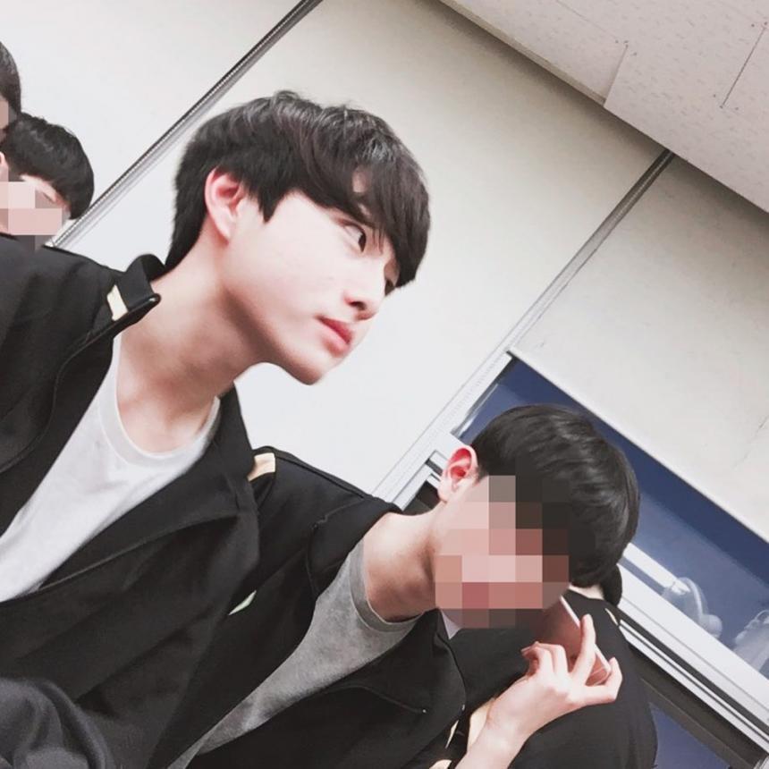 윤찬영 / 윤찬영 인스타그램