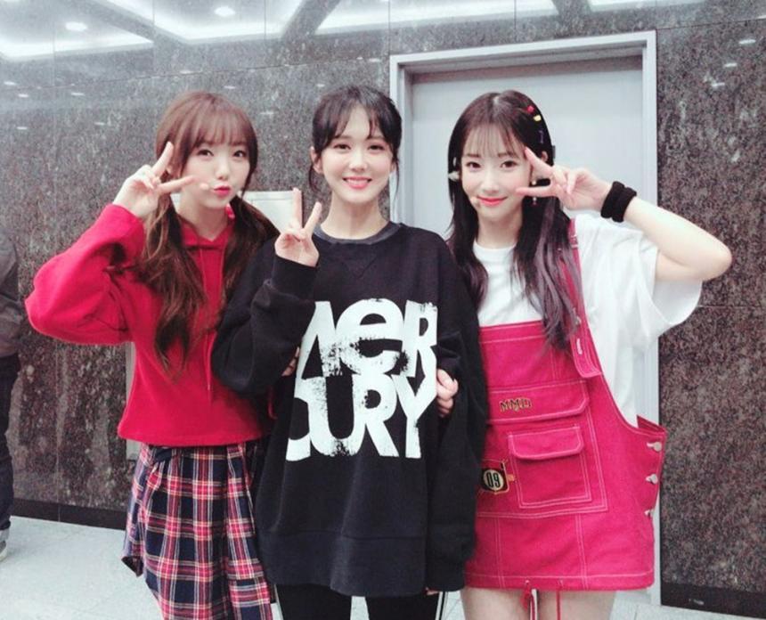 케이 장나라 지애 / 러블리즈(Lovelyz) 공식 트위터