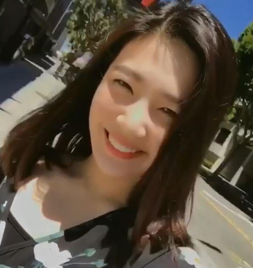 레드벨벳 조이/ 레드벨벳 공식 인스타그램