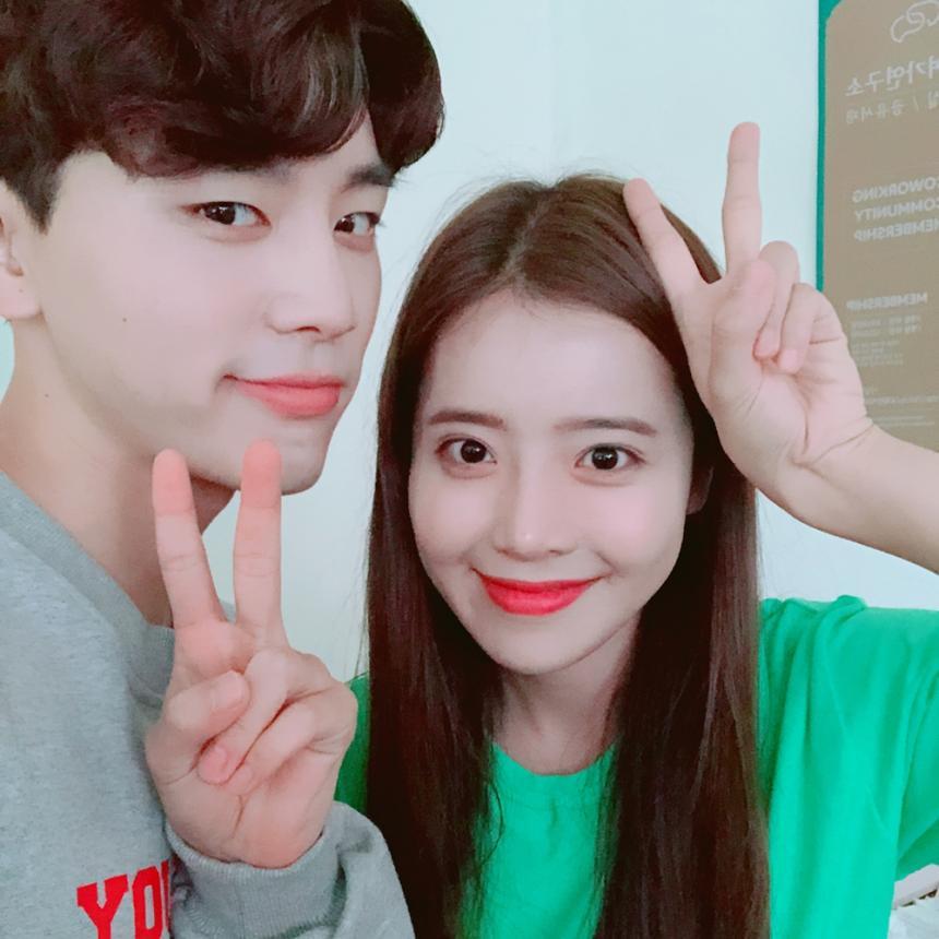 김우석-정신혜 / 김우석 SNS
