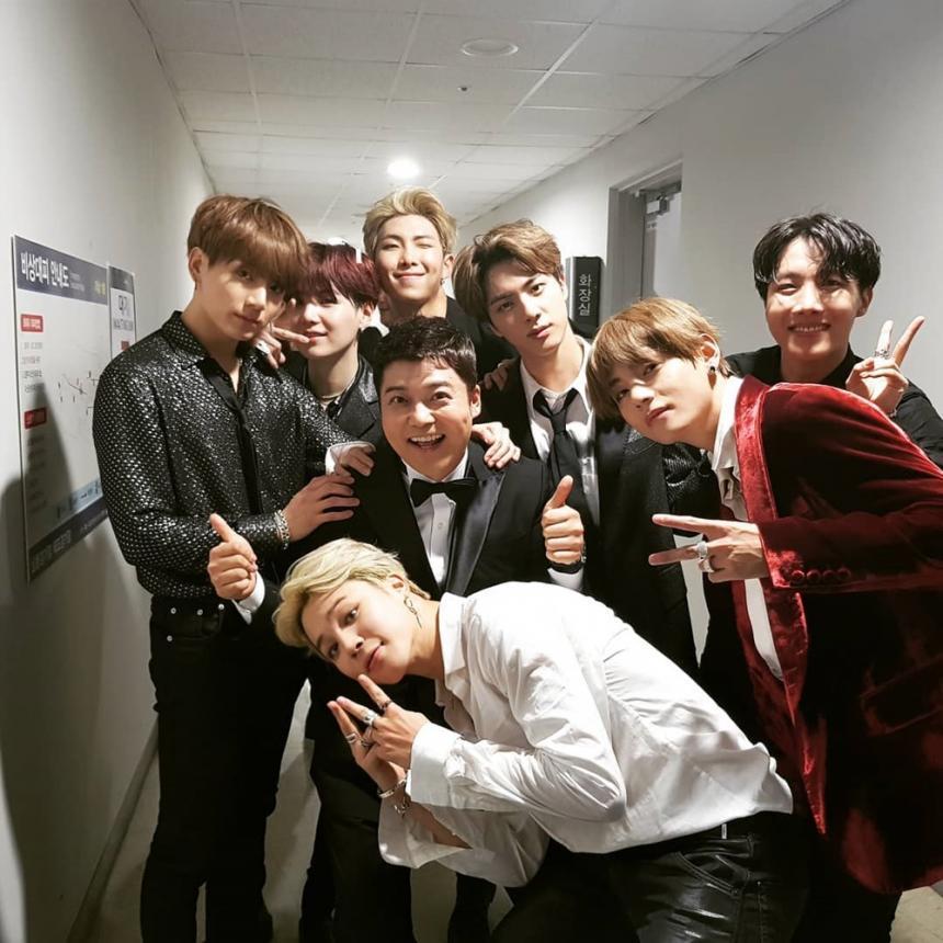 방탄소년단(BTS)-전현무 / 전현무 인스타그램
