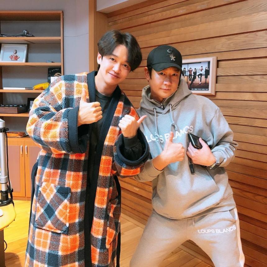 강균성-천명훈 / MBC FM4U '오후의발견 이지혜입니다' 공식 인스타그램