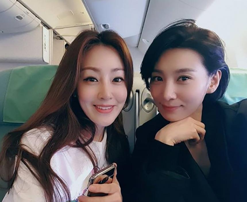 오나라-김서형 / 김서형 인스타그램