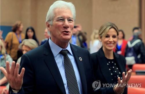 리처드 기어-알레한드라 실바 / 연합뉴스