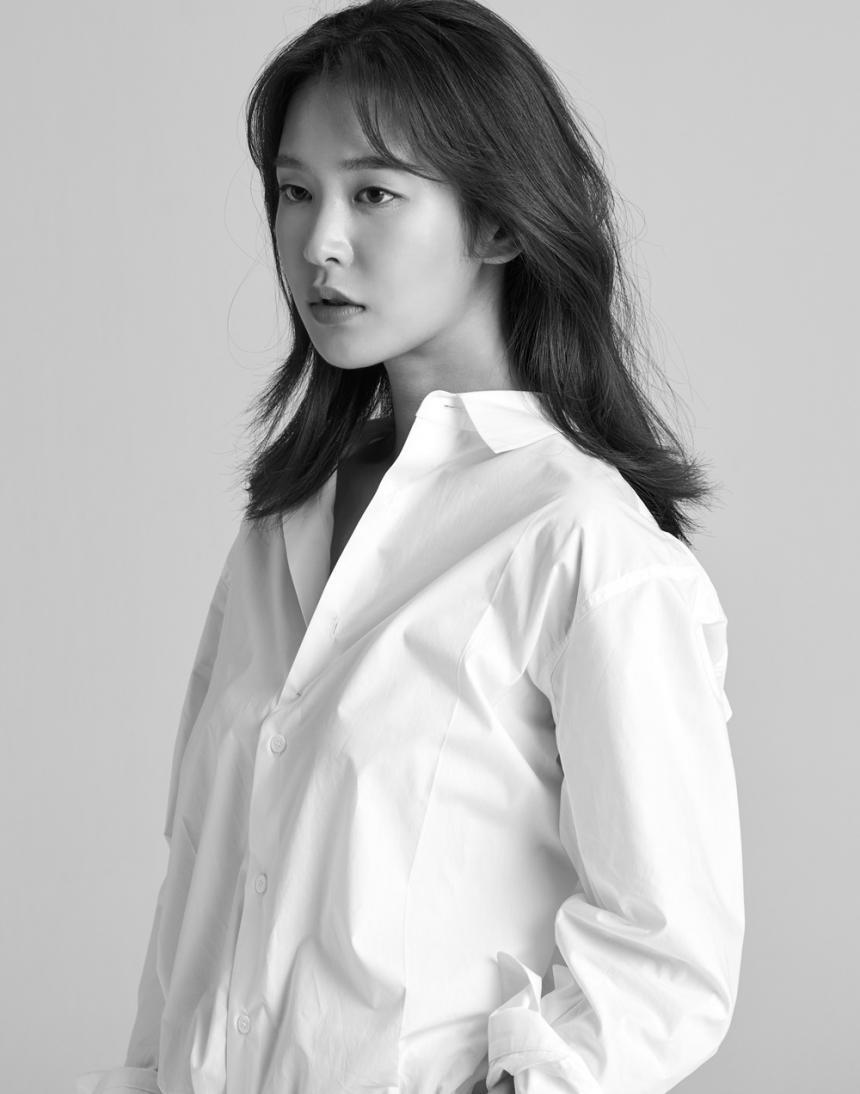 정유진 / FNC엔터테인먼트