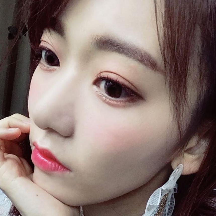 아이즈원(IZ*ONE) 미야와키 사쿠라 / 아이즈원(IZ*ONE) 공식 인스타그램