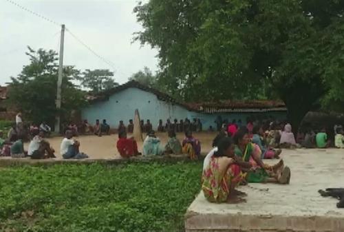 '마녀사냥' 사건이 발생한 인도 자르칸드주 굼라 지역 마을. [ANI통신 트위터 계정 캡처=연합뉴스]