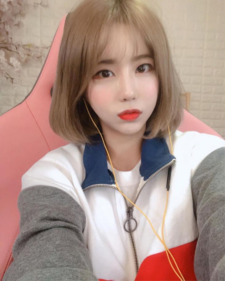 BJ 서윤 인스타그램