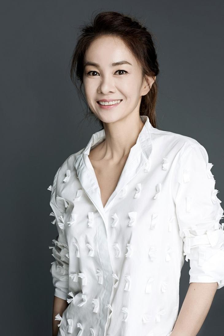 장윤정 / 루트비컴퍼니
