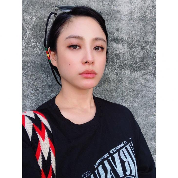'아는 와이프' 박희본, 결혼 3년차 배우의 일상…남편 윤세영 감독도 반한 미모 '살이 쏙 빠진 근황'