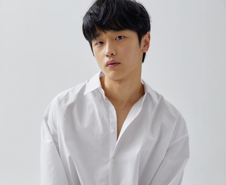 김도완 / 어썸이엔티 공식사이트 프로필