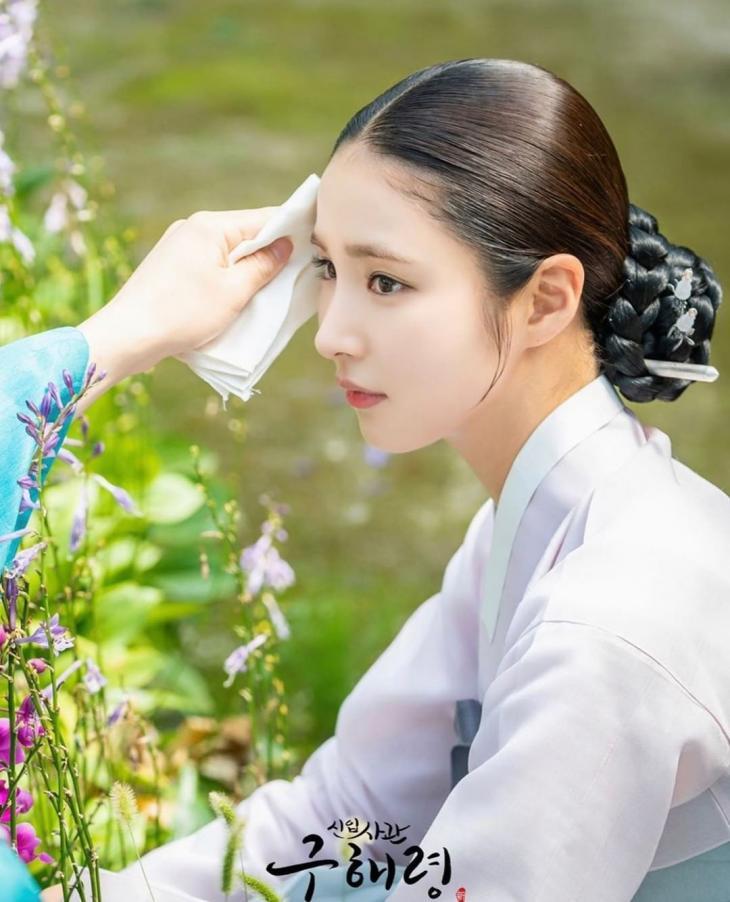 신세경 / MBC '신입사관 구해령', 신세경 인스타그램