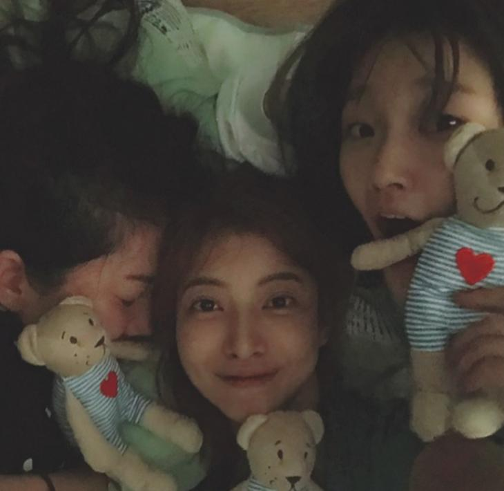 염정아-윤세아-박소담 / 윤세아 인스타그램