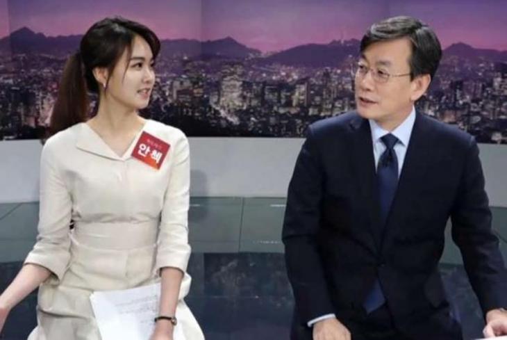 안나경-손석희 / JTBC 캡처