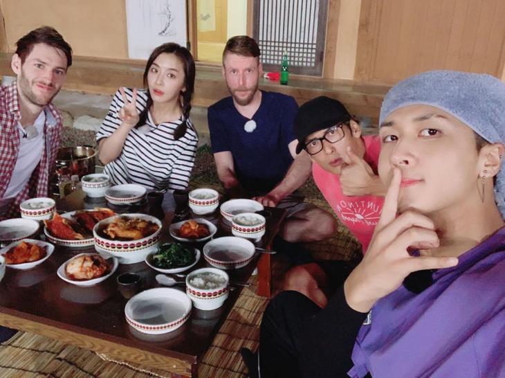 조셉 리저우드, 정유미, 더스틴 웨사, 박준형, 라비 / 라비 인스타그램