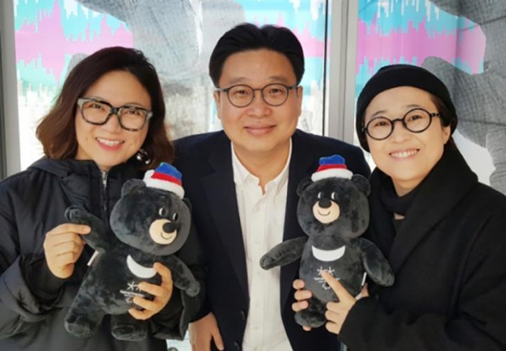 왼쪽부터 김숙-서경덕-송은이 / 서경덕 교수 페이스북 캡처