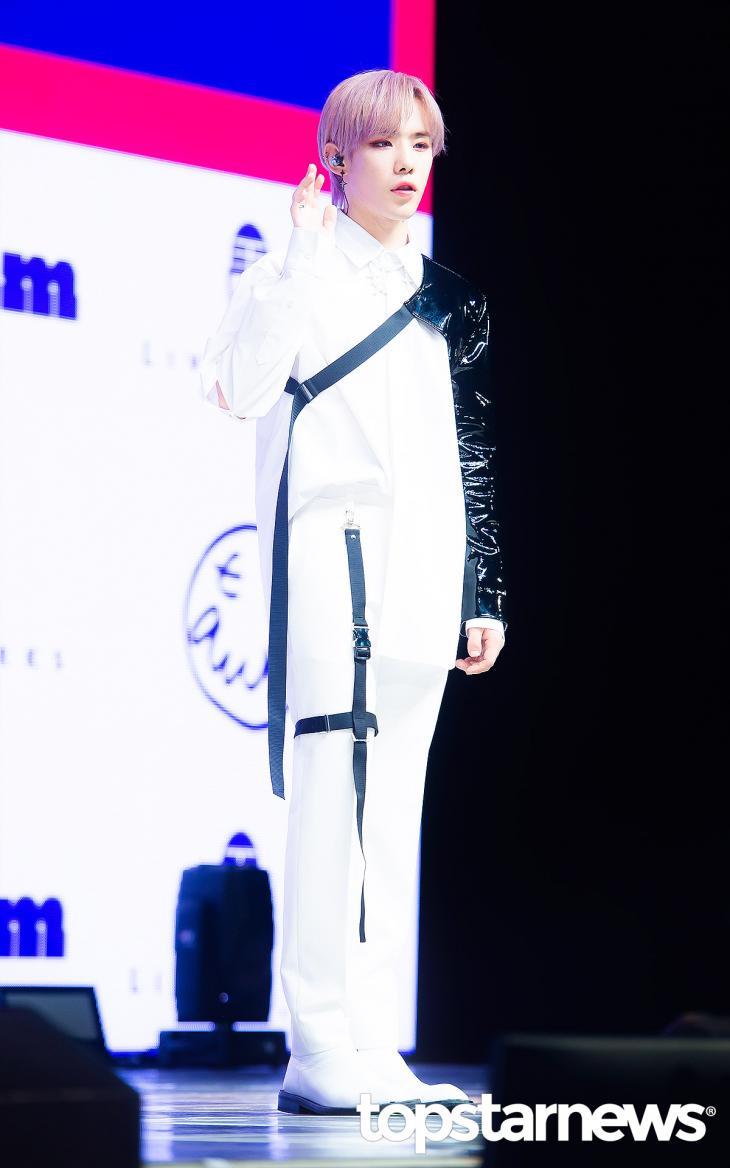 원팀(1TEAM) 진우 / 서울, 정송이 기자