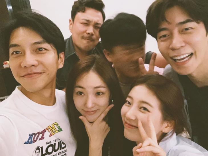 이승기-신승환-장혁진-신성록-박아인-수지 / 이승기 인스타그램