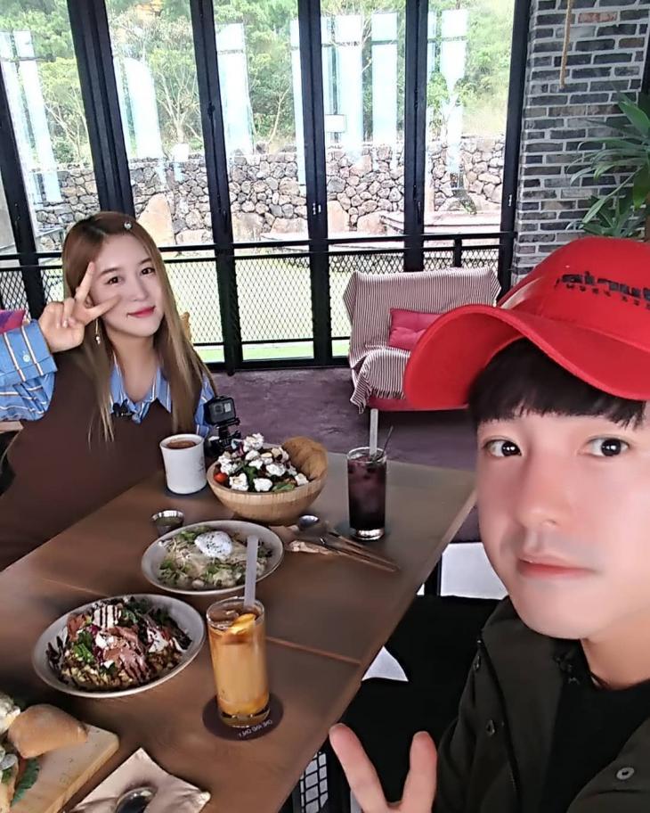'배틀트립' NRG 노유민, 우주소녀 다영과 나이 무색한 선후배 케미…'천명훈은 어디에?' | 인스티즈