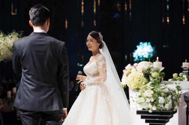 이상미 남편과 결혼식 사진 / 더블브이엔터테인먼트