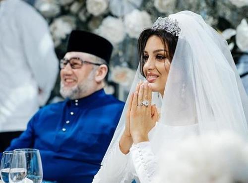 말레이시아 클란탄주의 술탄인 무하맛 5세(왼쪽)와 보예보디나. [보예보디나 인스타그램]