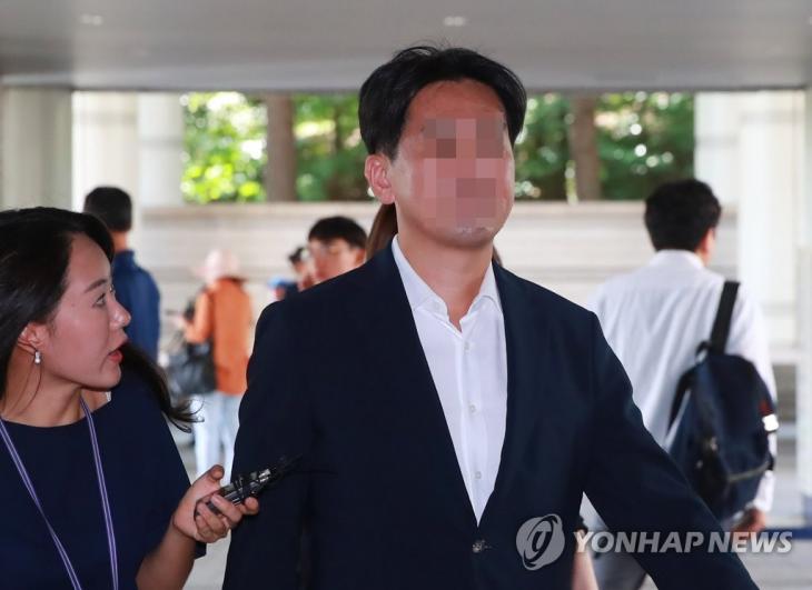 '장자연 성추행 혐의' 가해자로 지목된 전직 기자 / 연합뉴스 제공