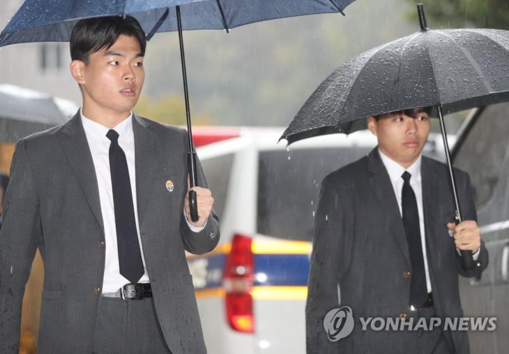 더 이스트라이트 전 멤버 이석철-이승현 형제 / 연합뉴스