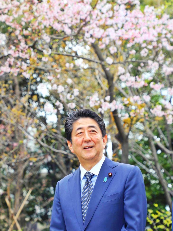 일본 아베신조 총리 페이스북