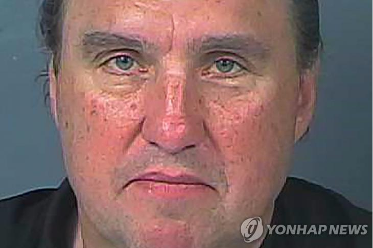예배 강행했다가 체포된 미국 대형교회 목사 로드니 하워드 브라운 [로이터=연합뉴스]