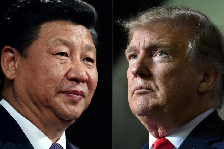 도널드 트럼프 미국 대통령(오른쪽)과 시진핑 중국 국가주석(왼쪽) / AFP 통신 발행 사진 캡처