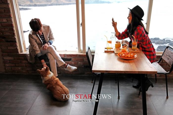 제주 홍보 단편 영화를 촬영하고 있는 롯데면세점 모델 장근석과 박신혜 / LOTTE DUTY FREE