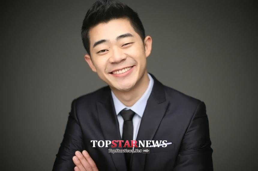 김기욱 / 코엔스타즈