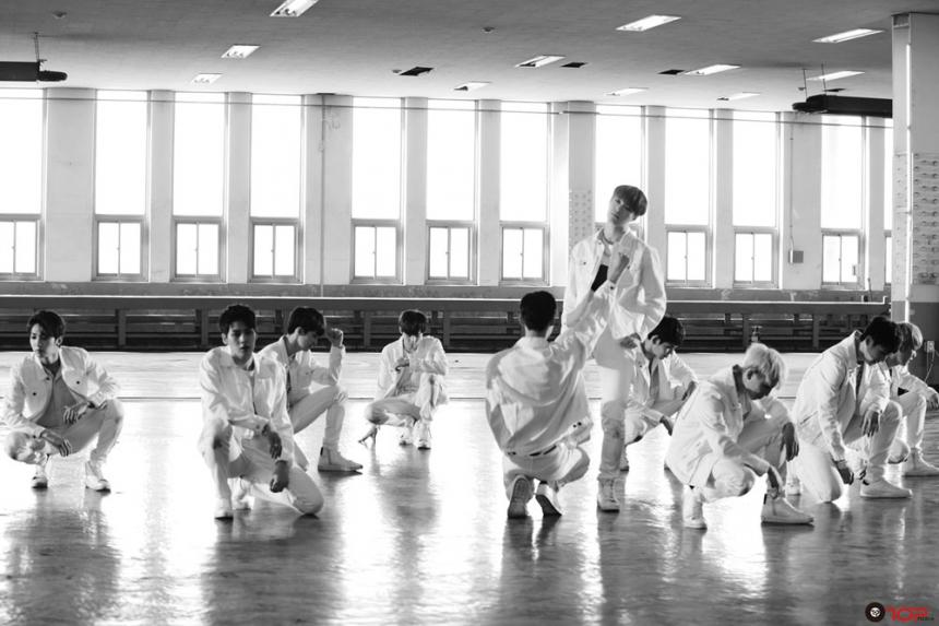 업텐션(UP10TION) / TOP미디어