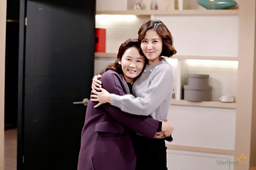 '아버님 제가 모실게요' 신동미-김선영 / 스타하우스 엔터테인먼트