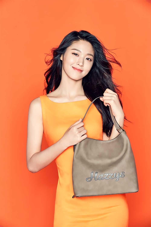 패션엔 :: 설현, 초밀착 원피스로 상큼한 오렌지걸 변신! 과즙미